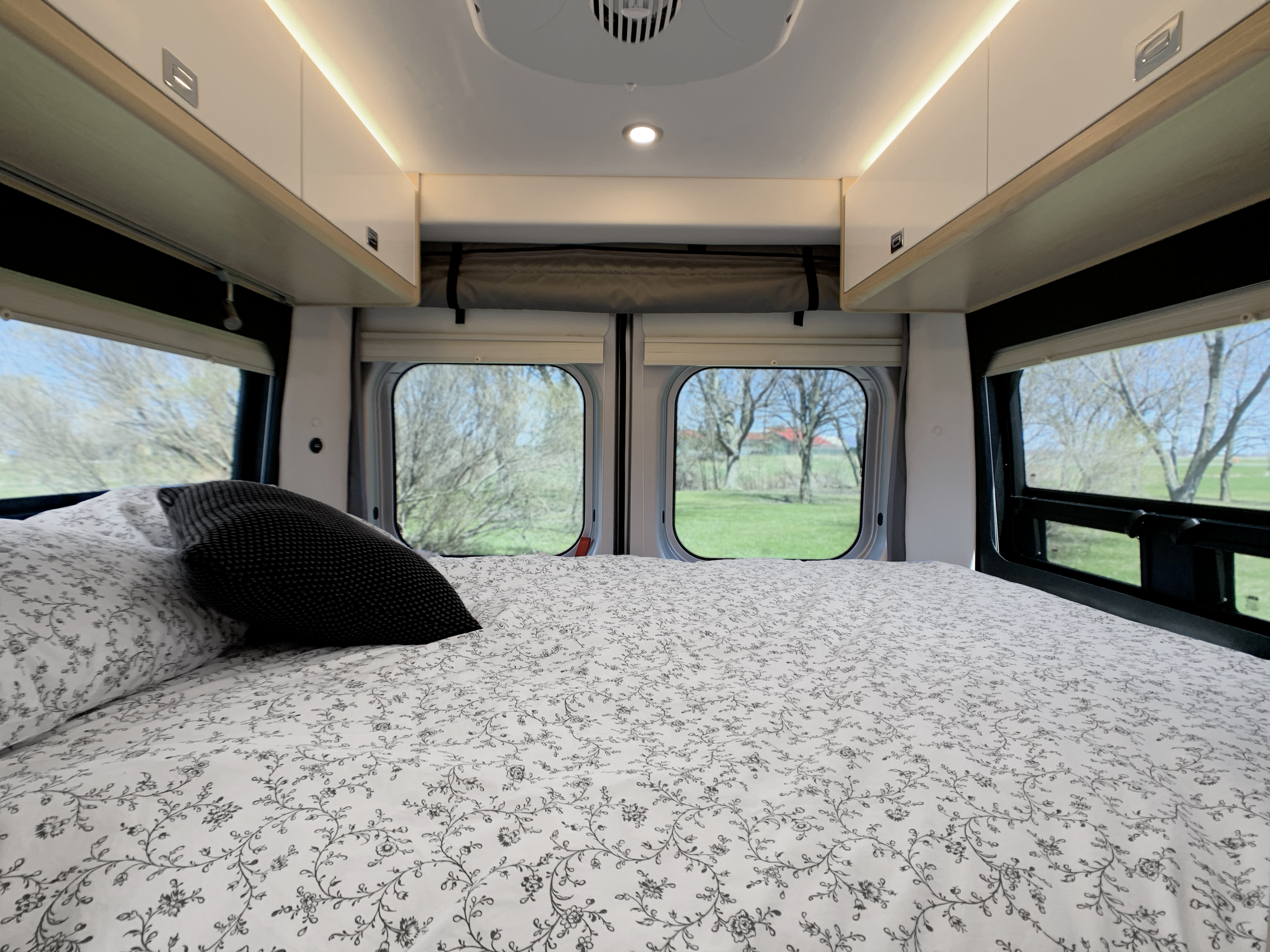 Panoramic RV - 360 degree room