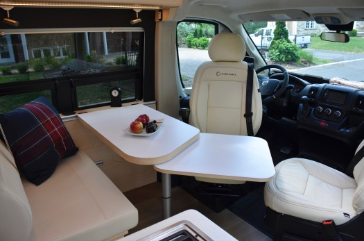 Panoramic RV - Ivory leather bench 1
