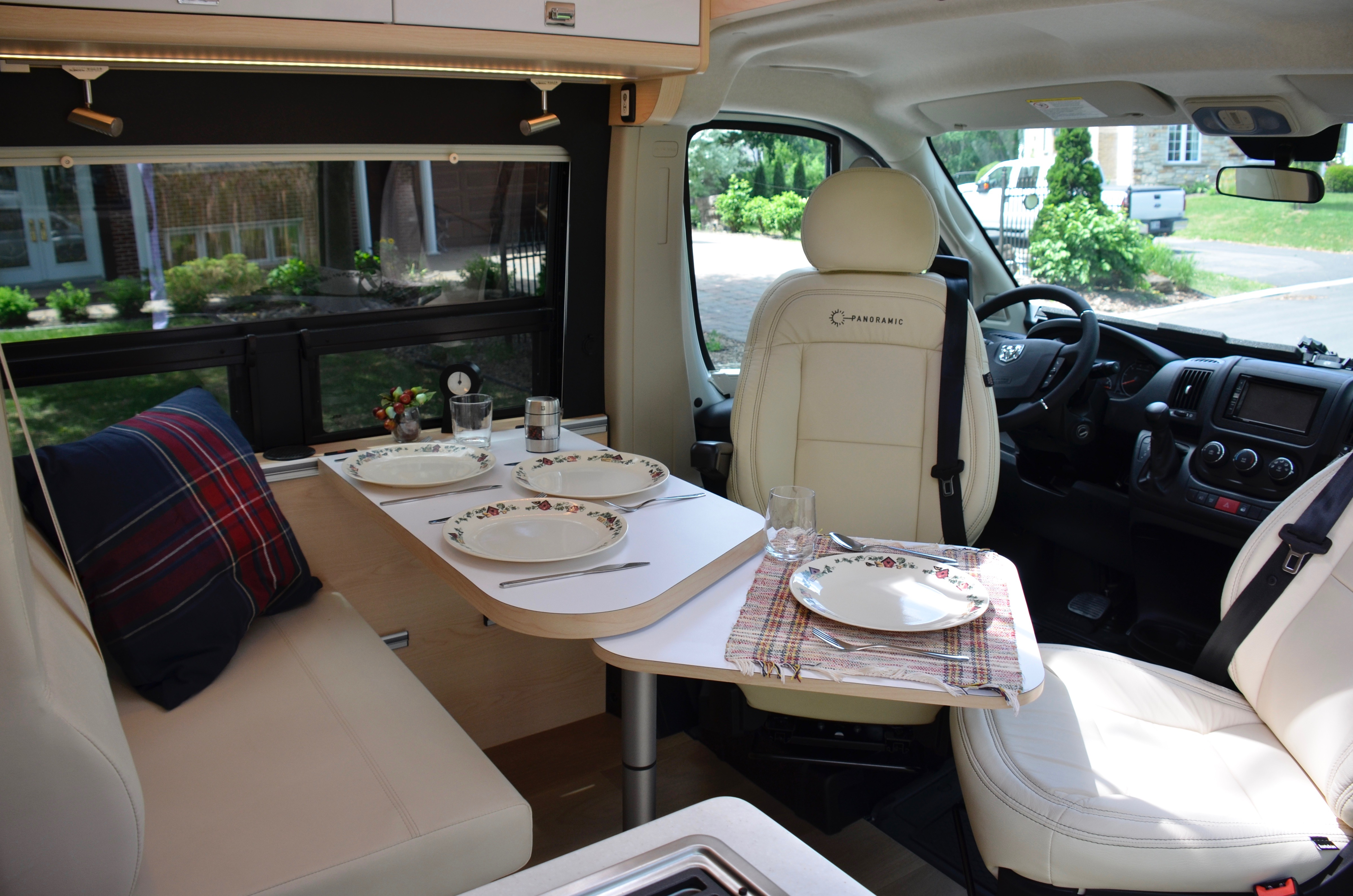 Panoramic RV - Table extension