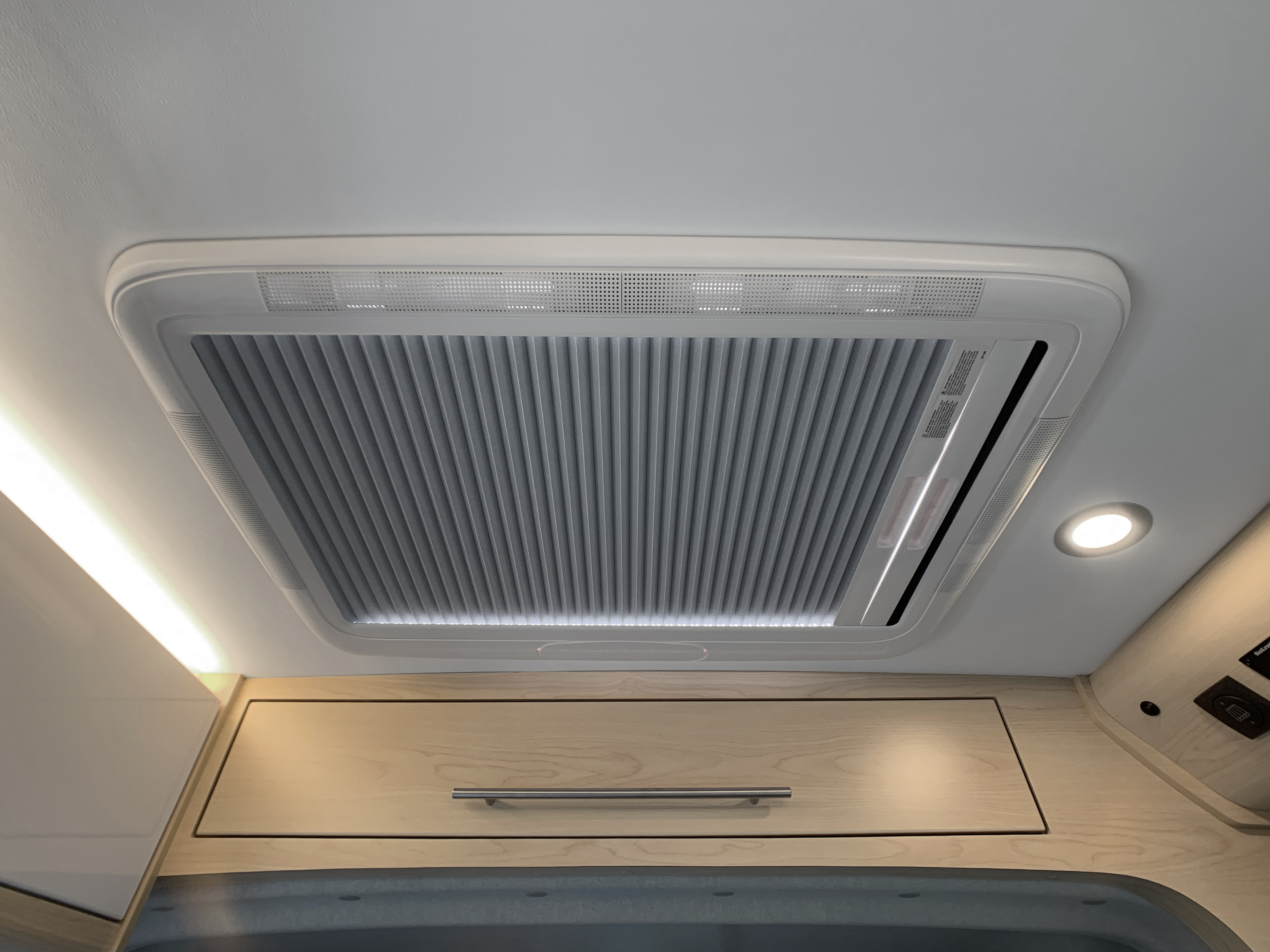 Panoramic RV - Ceiling blind