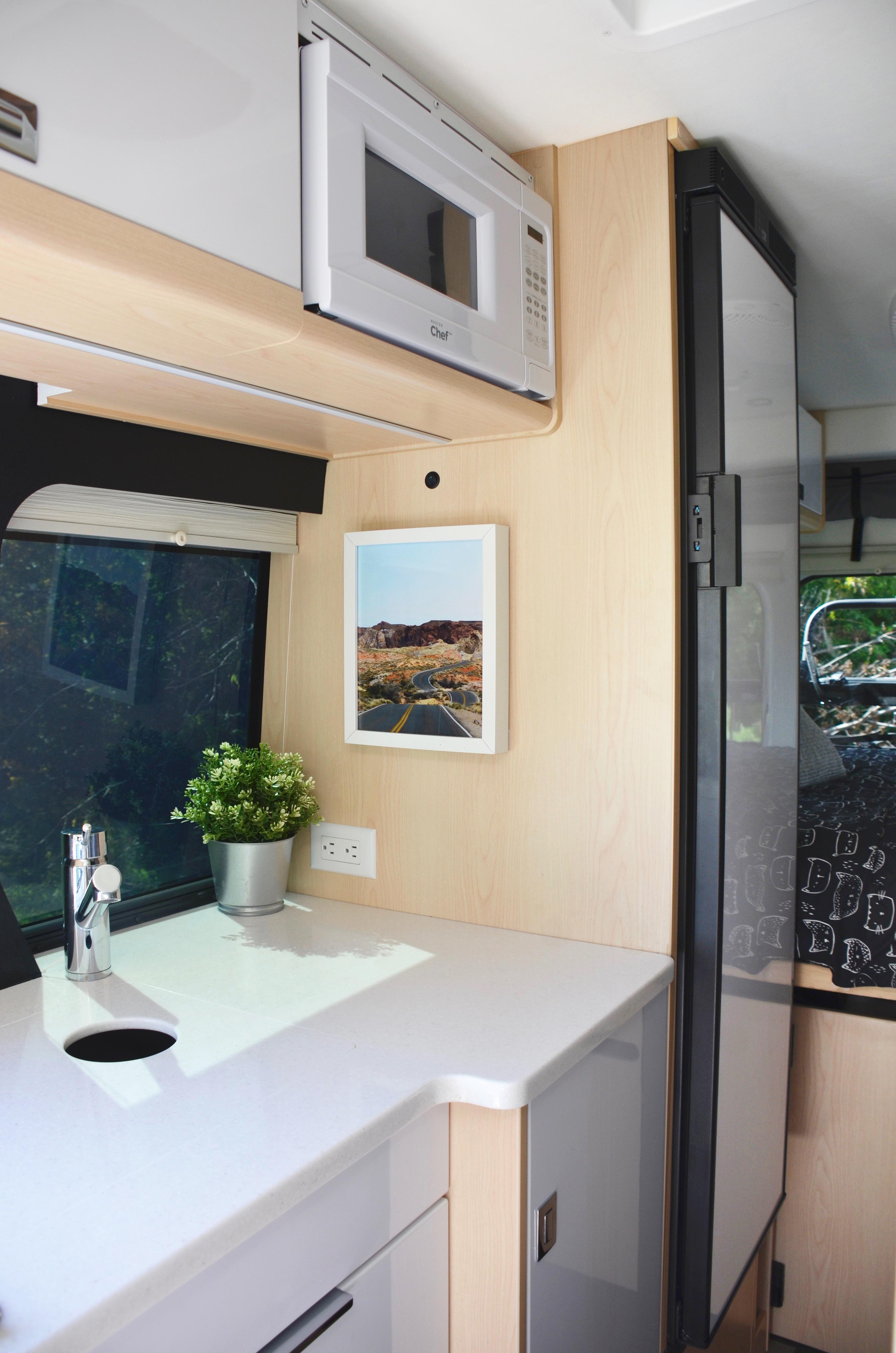Panoramic RV - Compressor fridge - 1